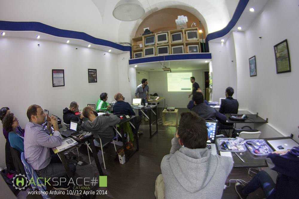 Workshop Arduino Hackspace Catania 10//12 Aprile 2014